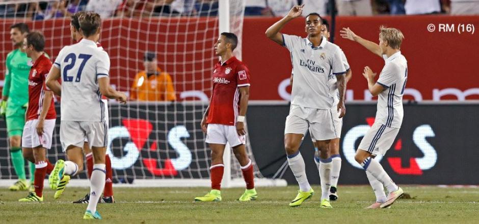 Así lo festejó Danilo, tras marcar un golazo para el triunfo del Real Madrid. (Foto: Twitter)