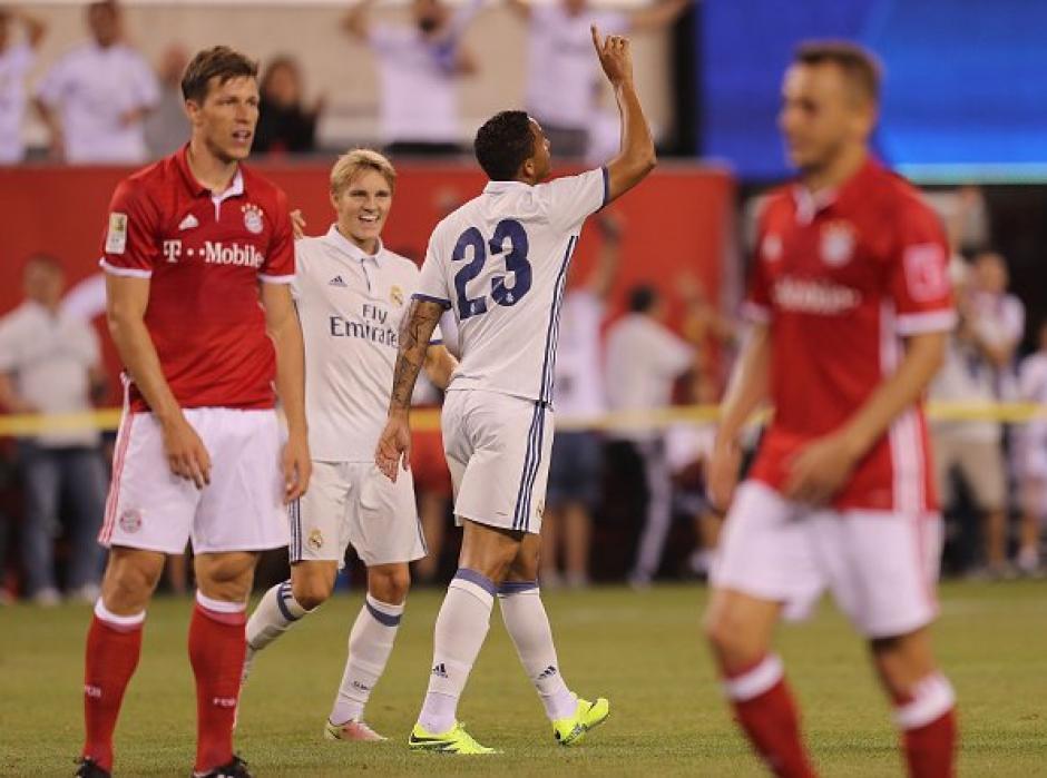El anotador, Danilo, festejó el gol que le dio el triunfo al Real Madrid. (Foto: Twitter)
