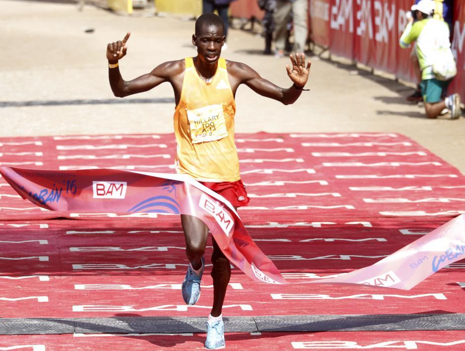 El también keniata Hillary Too terminó en tercer lugar con 1 hora 06 minutos y 48 segundos. (Foto: Sports and Marketing)