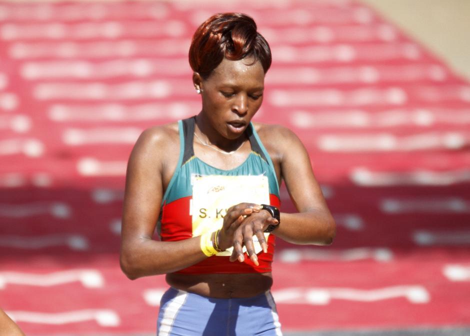 La también keniata Sarah Kyptto, se quedó con el tercer lugar.  (Foto: Sports and Marketing)