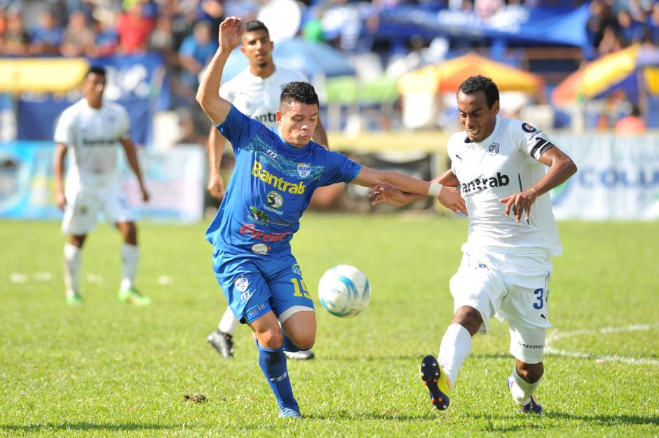 Cobán dominó el encuentro. (Foto: Sergio Muñoz/Nuestro Diario)