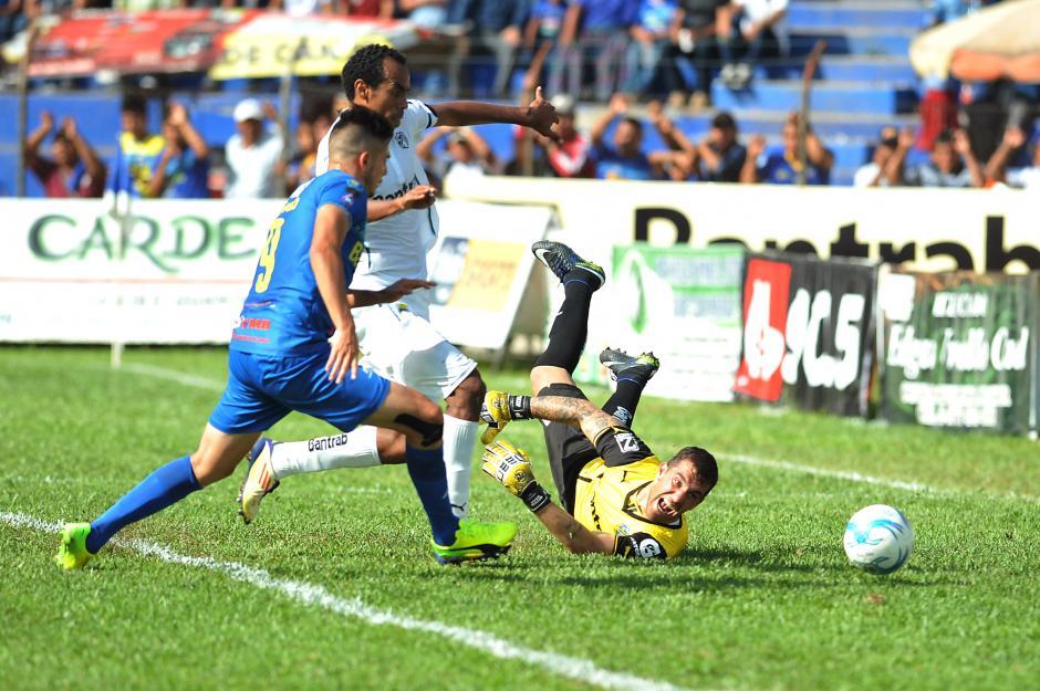 La victoria le favore a Cobán para seguir en los primeros lugares. (Foto: Sergio Muñoz/Nuestro Diario)