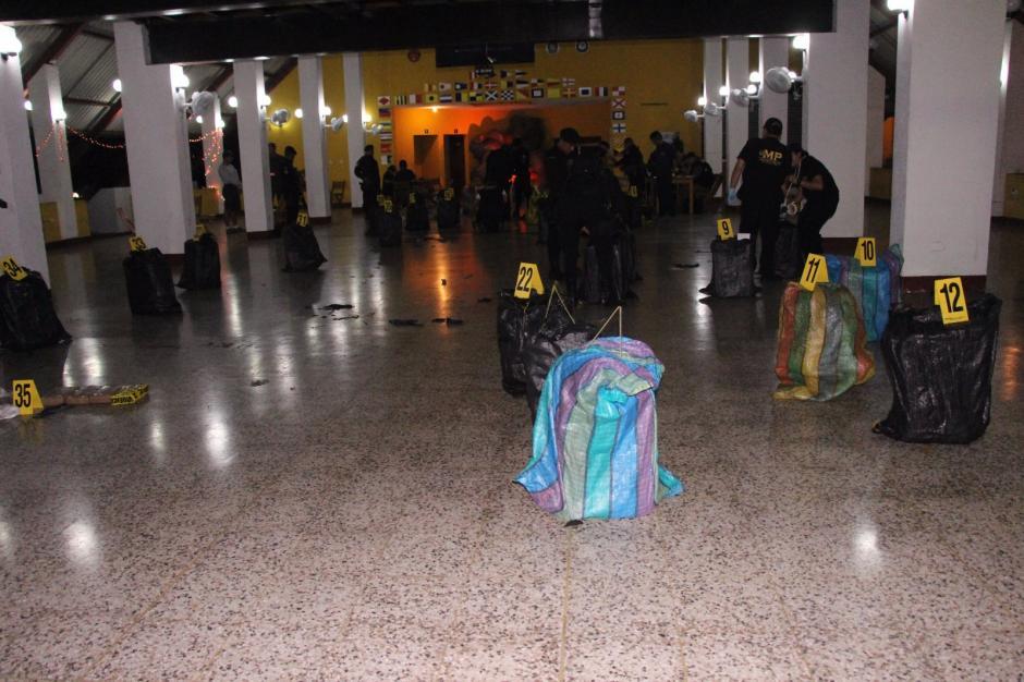 La droga venía empaquetada en bolsas. (Foto: PNC)