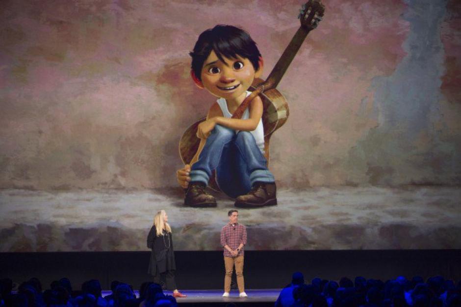Un niño mexicano ingresará a la tierra de los muertos en busca de su tatarabuelo, un gran músico. (Foto: Disney Pixar)