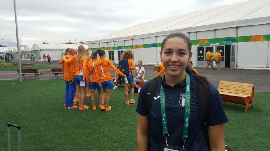 Valerie Gruest es la atleta más joven de la delegación guatemalteca en Río de Janeiro 2016. (Foto: COG)