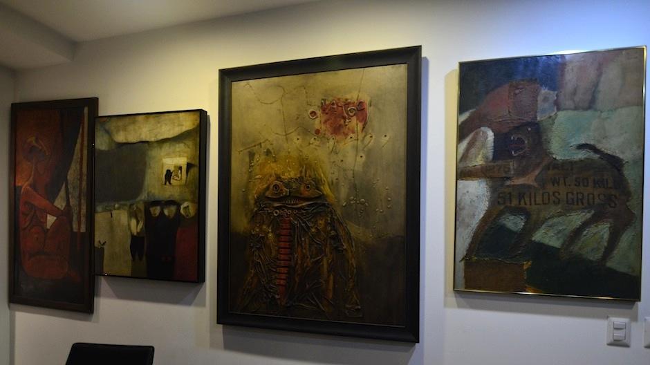"""Algunas ingresan al hogar de los """"coleccionistas de arte"""". (Foto: Selene Mejía/Soy502)"""