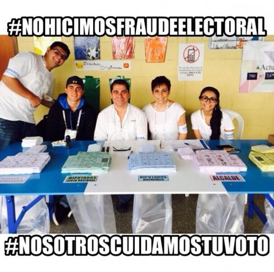 Cientos de guatemaltecos, quienes participaron en las Juntas Receptoras de Votos, le responden en redes sociales a Manuel Baldizón: #YoCuideTuVoto y #NoHiceFraudeElectoral.