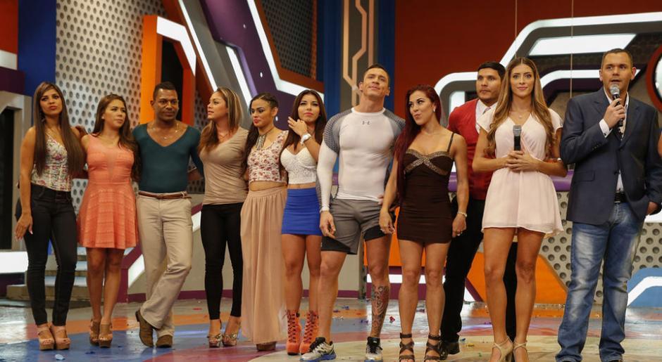 Los integrantes de la última temporada de Combate Costa Rica. (Foto: Nacion)