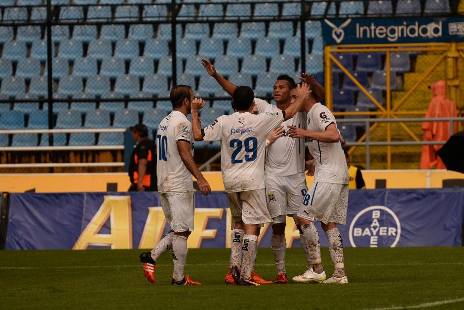Comunicaciones festejó su octavo triunfo del torneo, de momento subió al tercer lugar de la tabla. (Foto: Sergio Muñoz/Nuestro Diario)