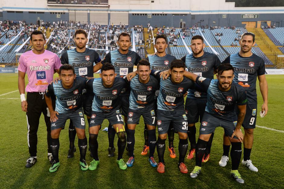 Mictlán sumó su cuarta derrota, pero está a un punto sobre los Cremas. (Foto: Sergio Muñoz/Nuestro Diario)