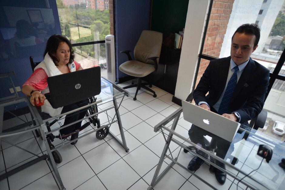 Trabaja en Conexión Laboral desde hace dos años en el área de pruebas psicométricas. (Foto: Wilder López/Soy502)