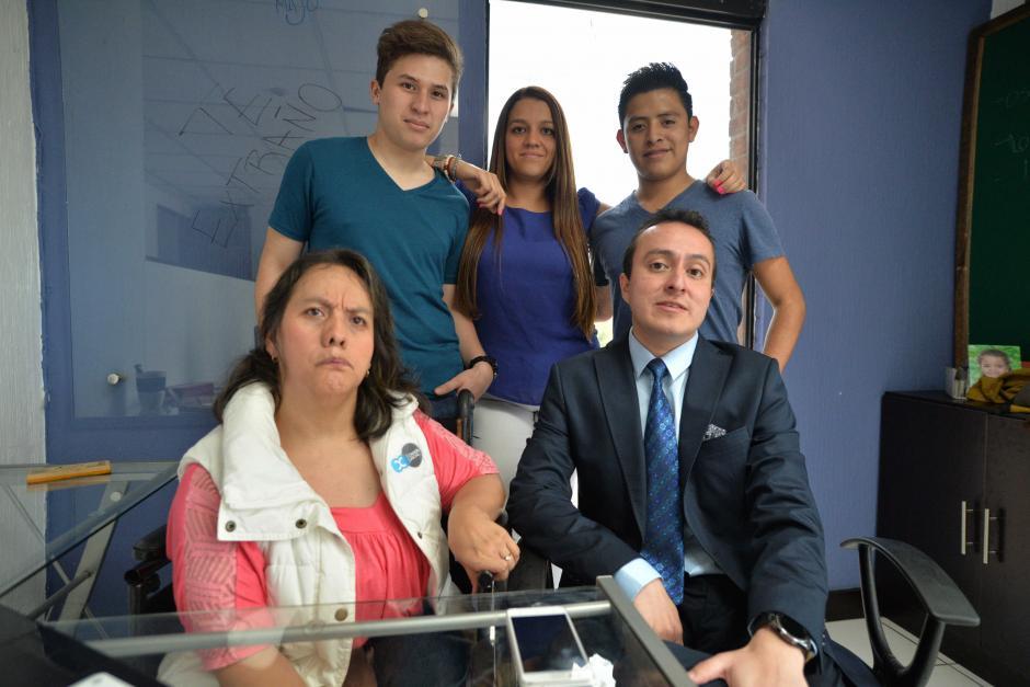 En la empresa relata que ha encontrado a una familia. (Foto: Wilder López/Soy502)