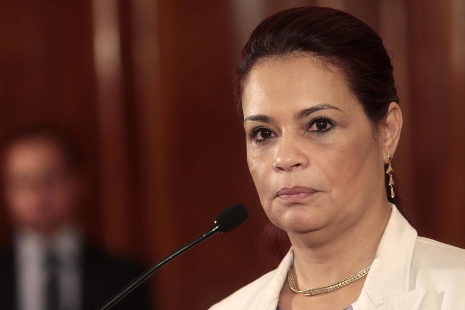 En abril de 2015, la entonces vicepresidenta Roxana Baldetti recurrió a grabaciones para aclarar dudas. (Foto: Archivo/Soy502)
