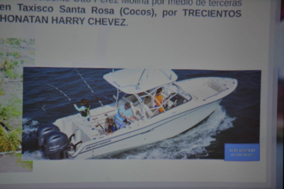La investigación determinó que Pérez Molina compró esta lancha con el dinero. (Foto: Wilder López/Soy502)