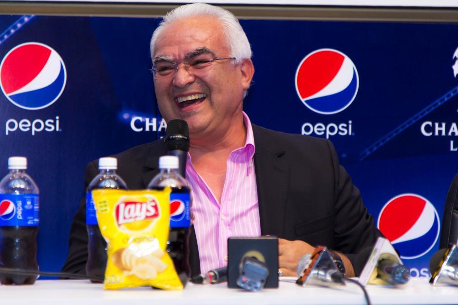 Tapia recordó anécdotas únicas del inicio de su carrera como comentarista. (Foto: Eddie Lara/Soy502)