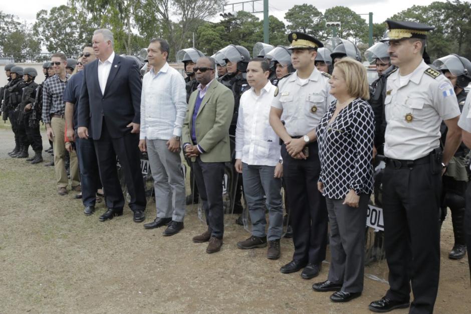 La delegación mostró su respaldo a la CICIG. (Foto: Alejandro Balán/Soy502)