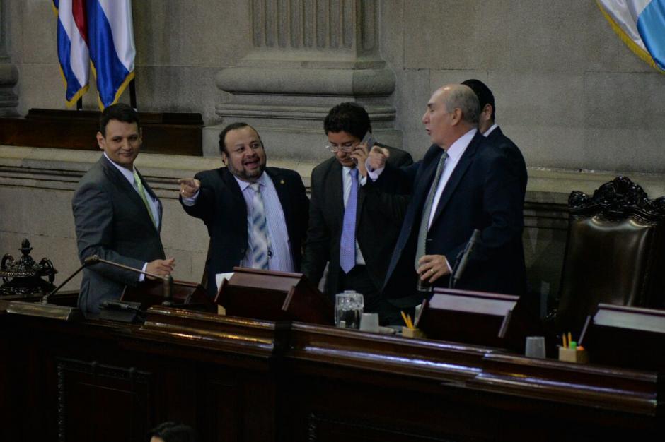 La actual Junta Directiva del Congreso antes de la plenaria de este miércoles. (Foto: Wilder López/Soy502)