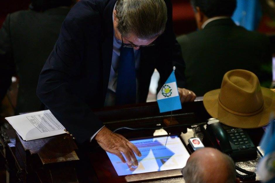 Algunos diputados pidieron que no se apruebe el Presupuesto para 2016 y otros que se discuta luego de la segunda vuelta. (Foto: Wilder López/Soy502)
