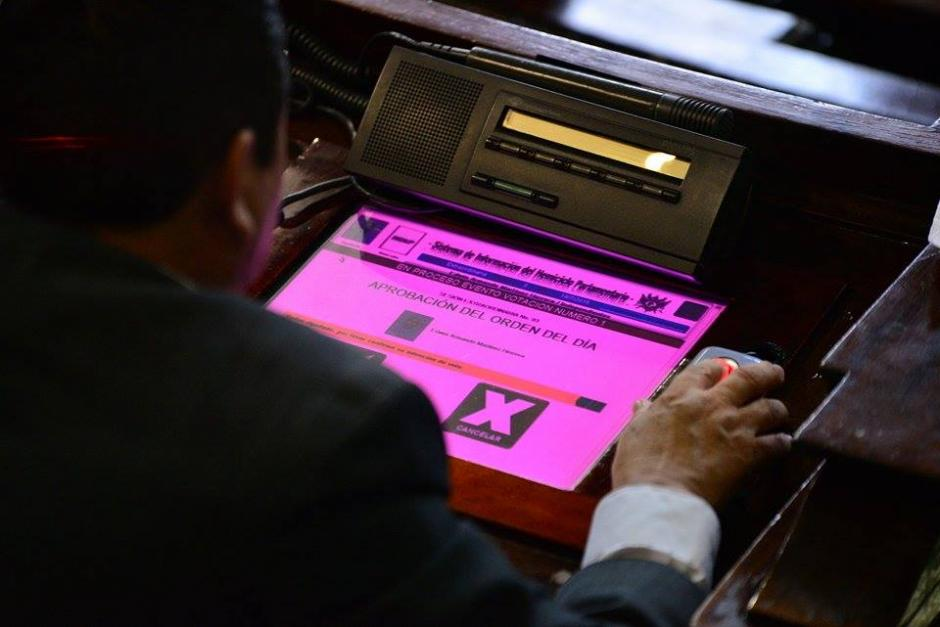 Los diputados no votaron a favor de conocer en el orden del día las reformas a la Ley Electoral y de Partidos Políticos. (Foto: Wilder López/Soy502)