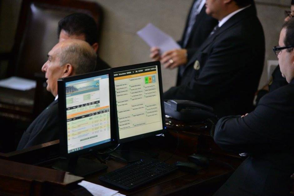 Al no existir 105 votos para conocer reformas a Ley Electoral, esta debía ser trasladada hacia la Comisión de Asuntos Electorales, lo cual no era del agrado de muchos diputados. (Foto: Wilder López/Soy502)