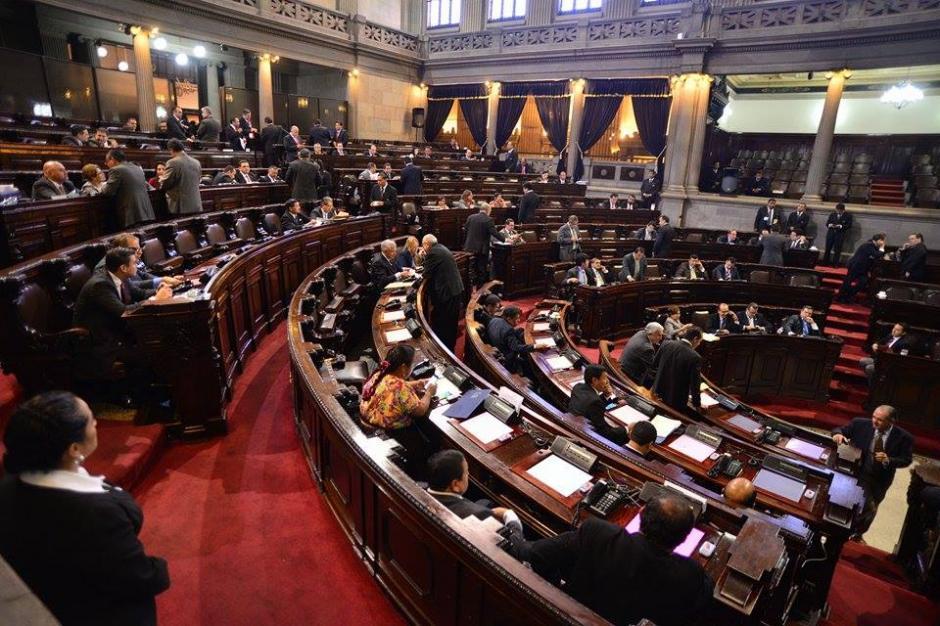 En el Congreso también se ratificó de urgencia nacional el Estado de Calamidad para atender a las víctimas de El Cambray II. (Foto: Wilder López/soy502)