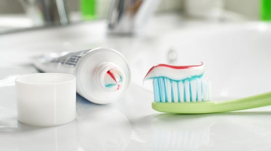 La pasta dental y el cepillo deben ir contigo en cualquier viaje.  (Foto: elcomercio.pe)
