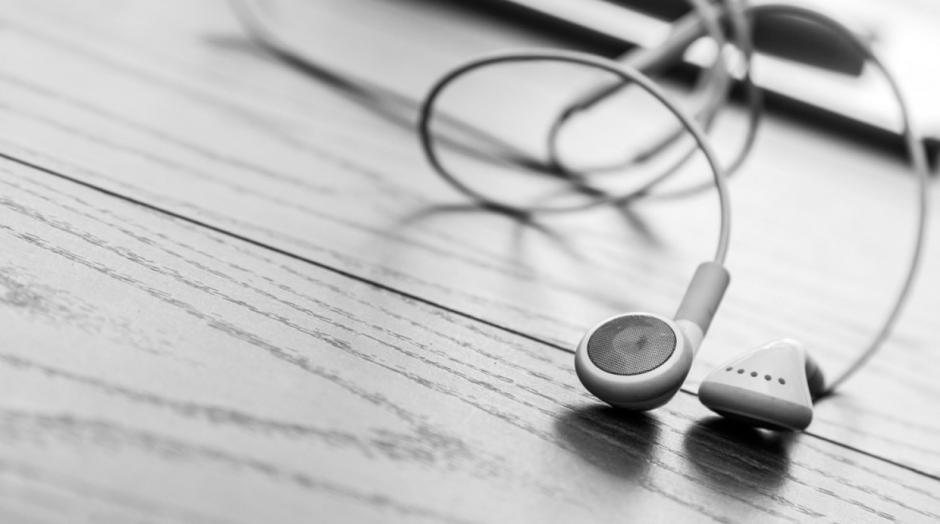 Un par de audífonos extras te pueden servir en caso de que el otro par se dañe.  (Foto: elcomercio.pe)