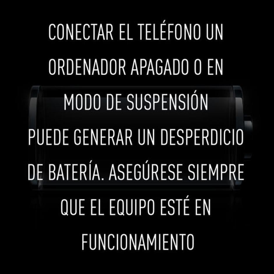 Conecta el teléfono a una computadora apagada o inactiva.(Foto: RT)