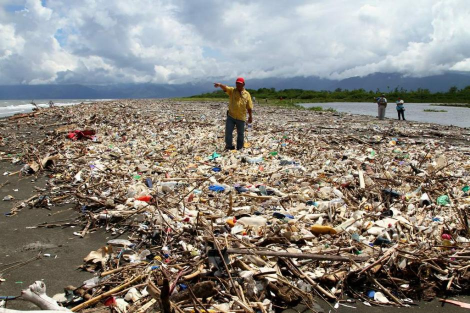 La propuesta incluye la instalación de una red para atrapar residuos. (Foto: www.laprensa.hn)