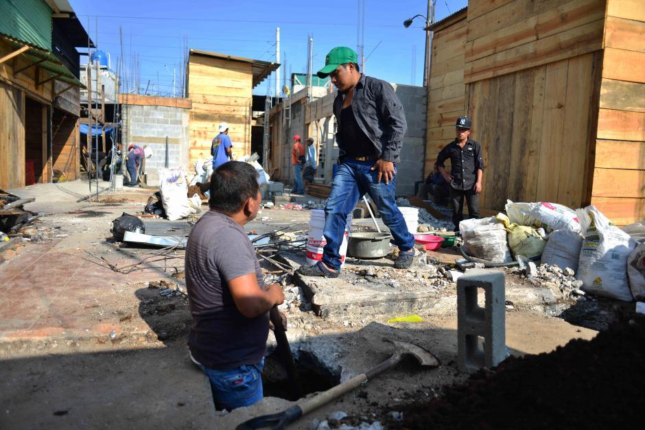 Algunos levantaron sus casas de madera de nuevo porque eran más baratas. (Foto: Jesús Alfonso/Soy502)