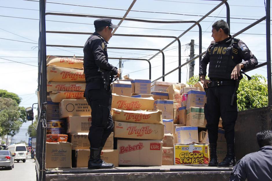 Cada día, cientos de personas cruzan la frontera entre México y Guatemala con producto que no declaran. (Foto: Archivo)