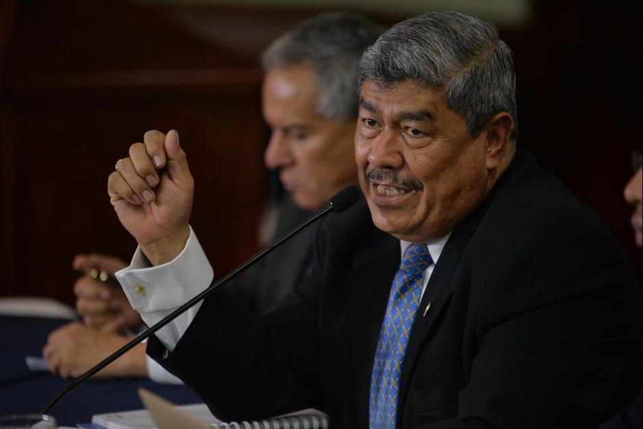 Carlos Mencos pedirá a los delegados que devuelvan el dinero a las arcas del Estado. (Foto: Archivo/Soy502)