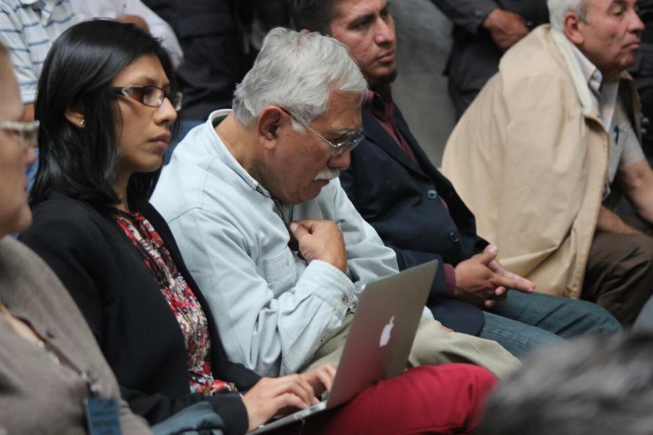El exdirector de Siglo 21,  Edín Barrientos, fue ligado a proceso en el caso #CooptacióndelEstado. (Foto: Alejandro Balán/Soy502)