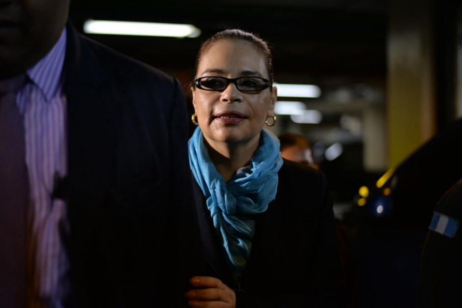 La exvicepresidenta Roxana Baldetti en su llegada a la Torre de Tribunales. (Foto: Wilder López/Soy502)