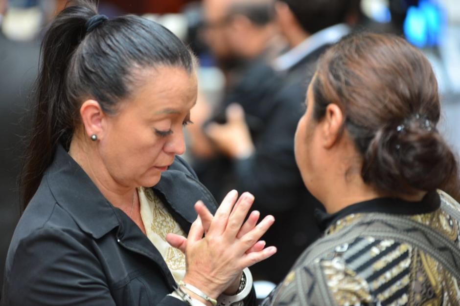 La exasistente de Roxana Baldetti, Judith Ruiz se mostró preocupada previo a la resolución del juez. (Foto: Jesús Alfonso/Soy502)