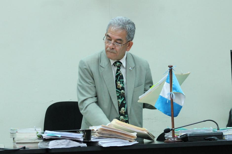 """De esta forma particular, el juez demostró que """"la fuerza lo acompaña"""". (Foto: Soy502)"""