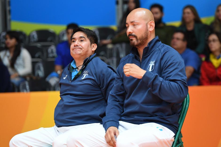 En la banca de Kevin estuvo su técnico José María Solís y el exbadmintonista Pedro Yang. (Foto: Sergio Muñoz/Enviado ACD)