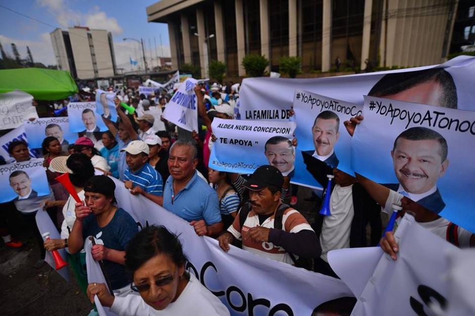 Las imágenes de Coro fueron las mismas que usó en su campaña para alcalde de la ciudad. (Foto: Wilder López/Soy502)