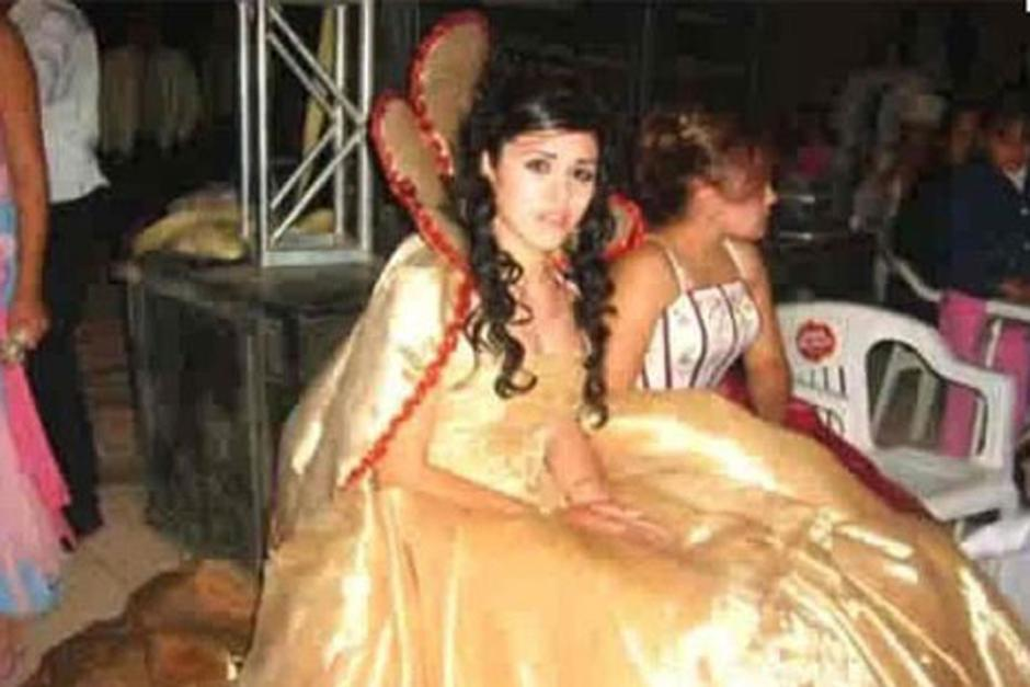 """""""El Chapo"""" y Emma se conocieron en 2007 durante elconcurso de belleza de la Gran Feria del Café y la Guayaba 2007. (Foto: historiasdelnarco.com)"""