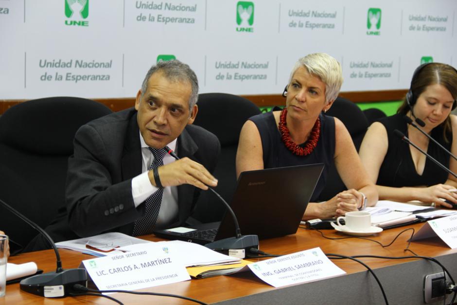 La empresa defendió su versión de lo ocurrido y negó la negociación con el presidente. (Foto: Alejandro Ortiz/Soy502)