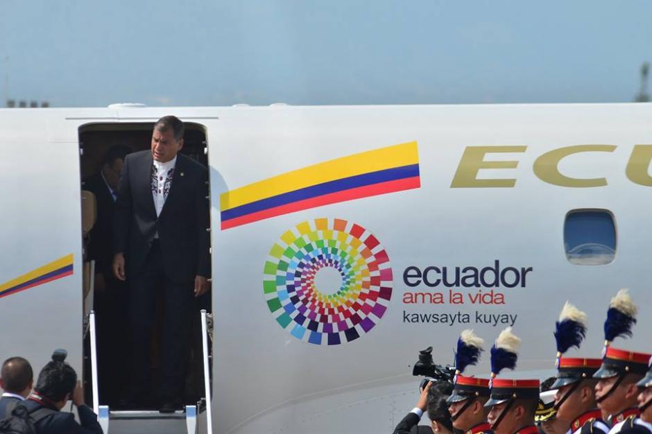 El presidente de Ecuador, Rafael Correa llegó a Guatemala para el cambio de mando presidencial. (Foto: Jesús Alfonso/Soy502)