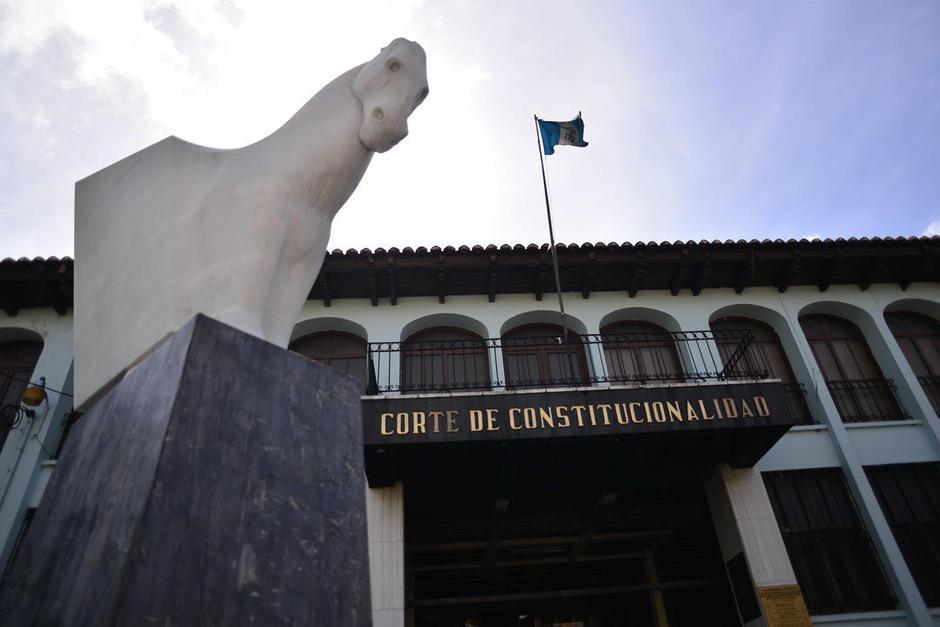 La Corte de Constitucionalidad suspendió la Ley de Tarjetas de Crédito porque fue aprobada con menos de 105 votos. (Foto: Archivo/Soy502)
