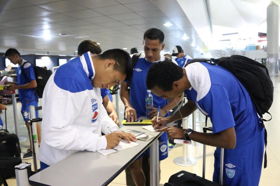Morales, Lalín y Tinoco son parte de la delegación nacional.  (Foto: FedefutGuate)