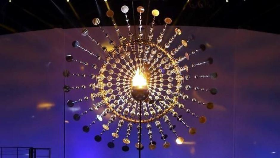 Los brasileños sorprendieron al mundo con el encendido del fuego olímpico. (Foto: EFE)
