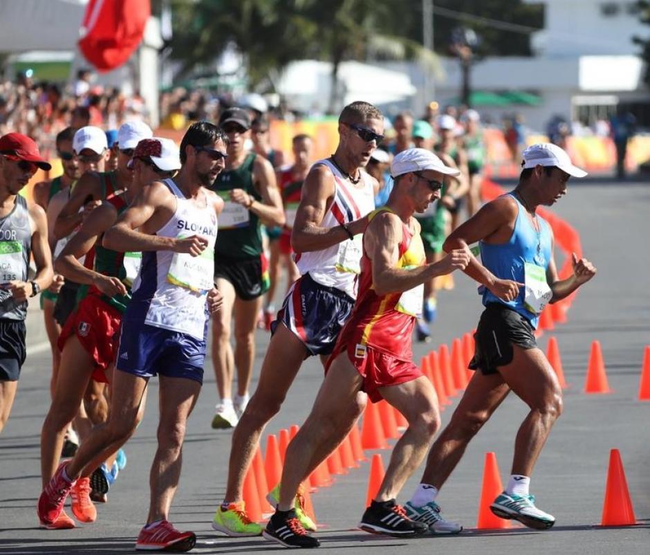 Barrondo y Raymundo hicieron su mejor esfuerzo en los 20 kilómetros en Río 2016. (Foto: Twitter)