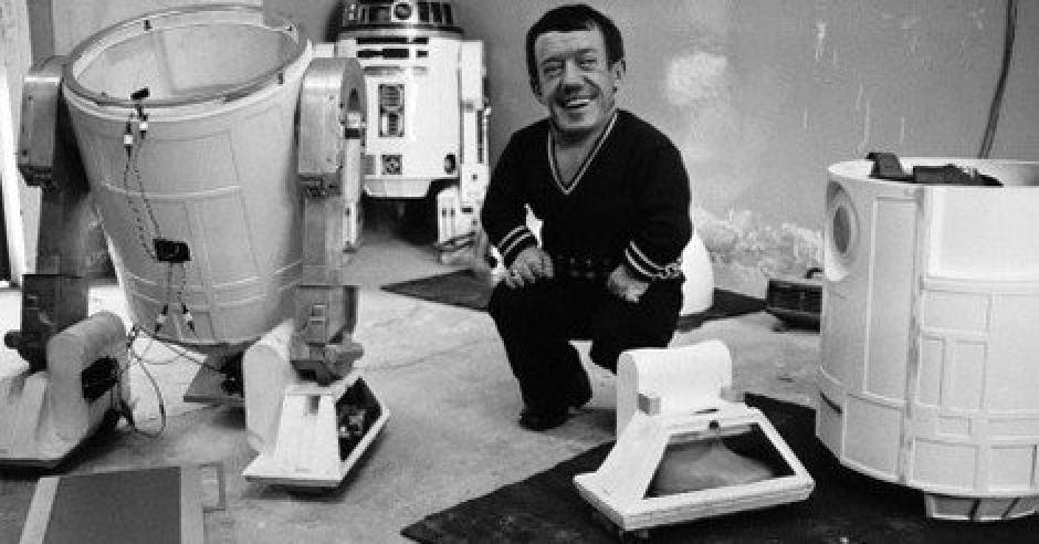 Kenny siempre dijo que R2-D2 le cambió la vida. (Foto: Twitter)