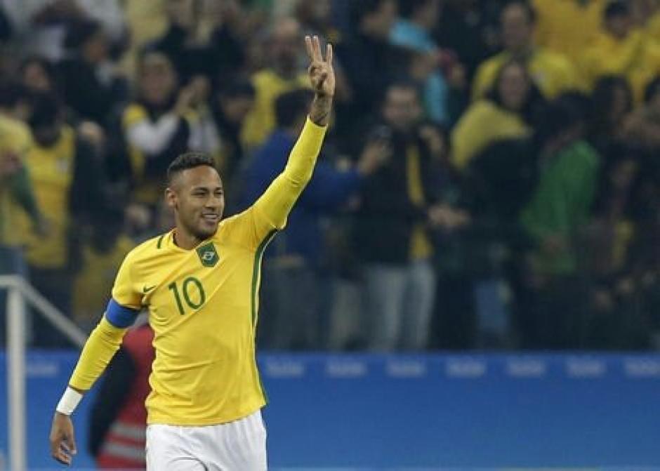 Neymar abrió la ruta del triunfo a los brasileños. (Foto: EFE)