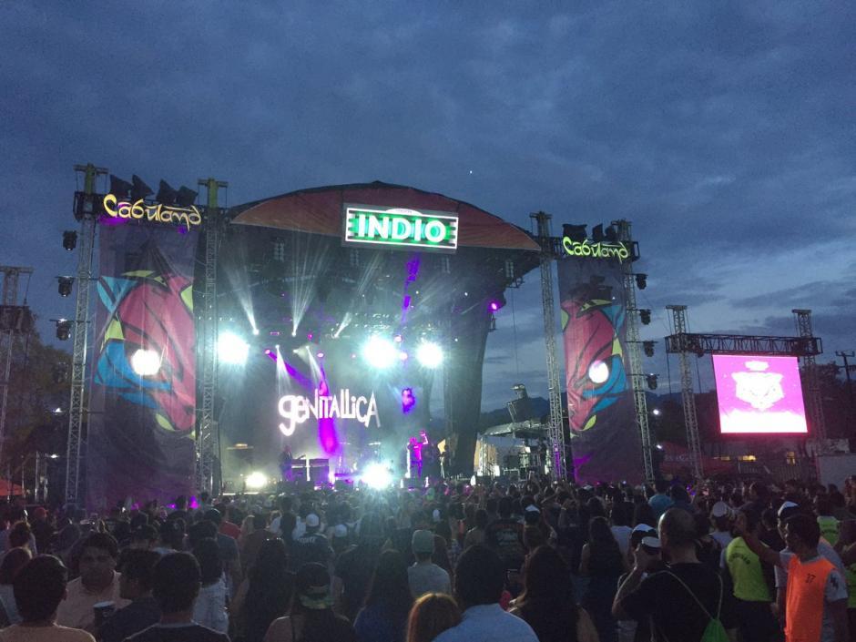 Genitallica paró un concierto para salvar la vida de una fan. (Foto: Twitter)