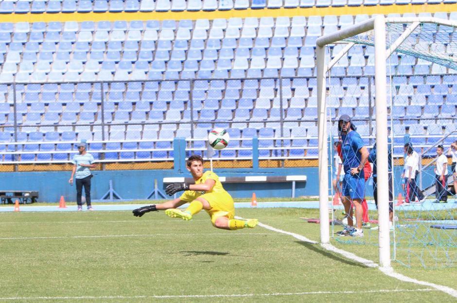 Carlos Ruiz marcó de penal en triunfo de la Sele 2-0 sobre Municipal. (Foto: Fedefut)