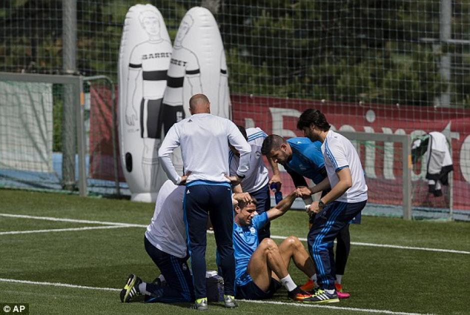 Cristiano se lesionó tras un choque con Kiko Casilla. (Foto: Daily Mail)